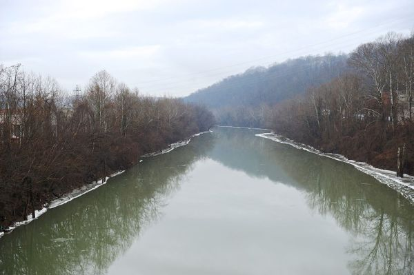 West Virginia Chemical Spill Poses Unknown Threat to the Environment