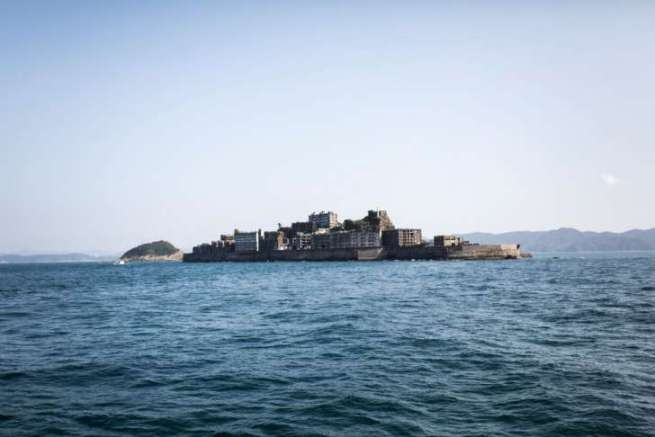 518369-getty-hashima_island
