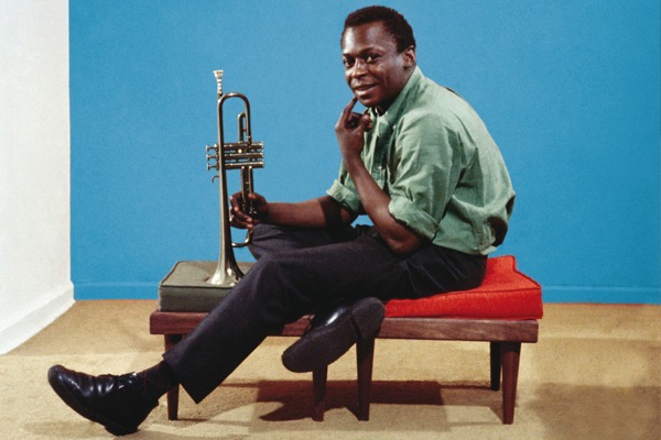 Why miles daviss kind of blue is so beloved 1050x700